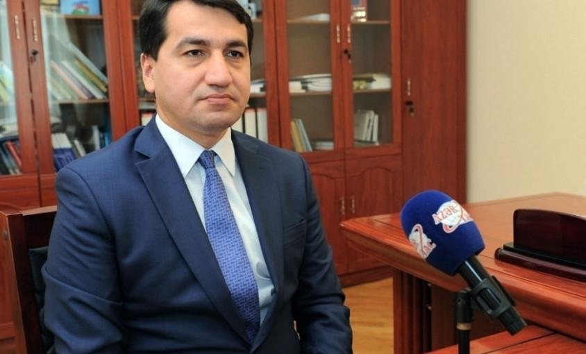 Hikmət Hacıyev: Ermənistan xarici işlər nazirinin destruktiv açıqlaması danışıqlar prosesinə ciddi zərbədir